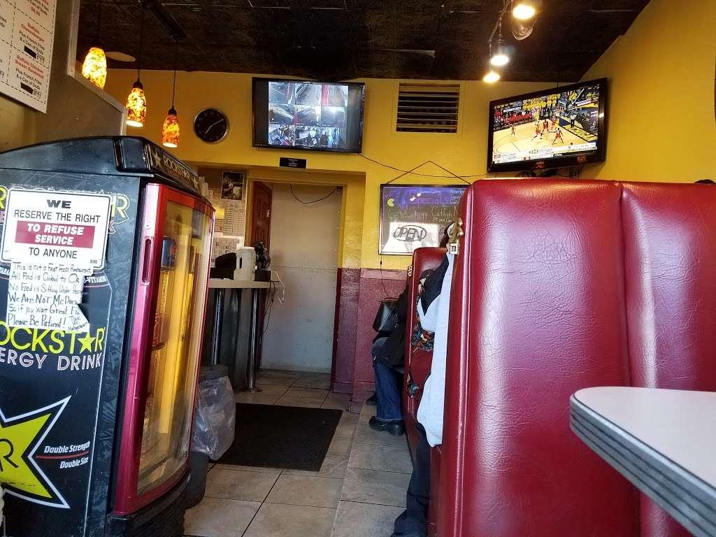 Buffalo Bills Wings & Things - restaurant    Photo 8 of 10   Address: 7236 E Colfax Ave, Denver, CO 80220, USA   Phone: (303) 393-7777