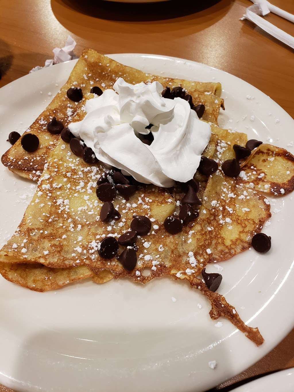 Loaded Cafe Restaurants Bellflower - cafe  | Photo 6 of 10 | Address: 15700 Bellflower Blvd, Bellflower, CA 90706, USA | Phone: (562) 210-5467