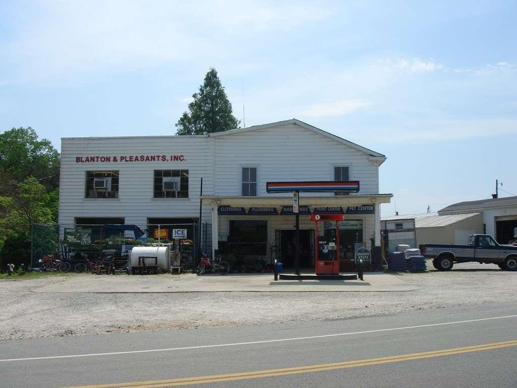 Blanton & Pleasants Inc - gas station    Photo 1 of 10   Address: 2308 Cartersville Rd, Cartersville, VA 23027, USA   Phone: (804) 375-3117