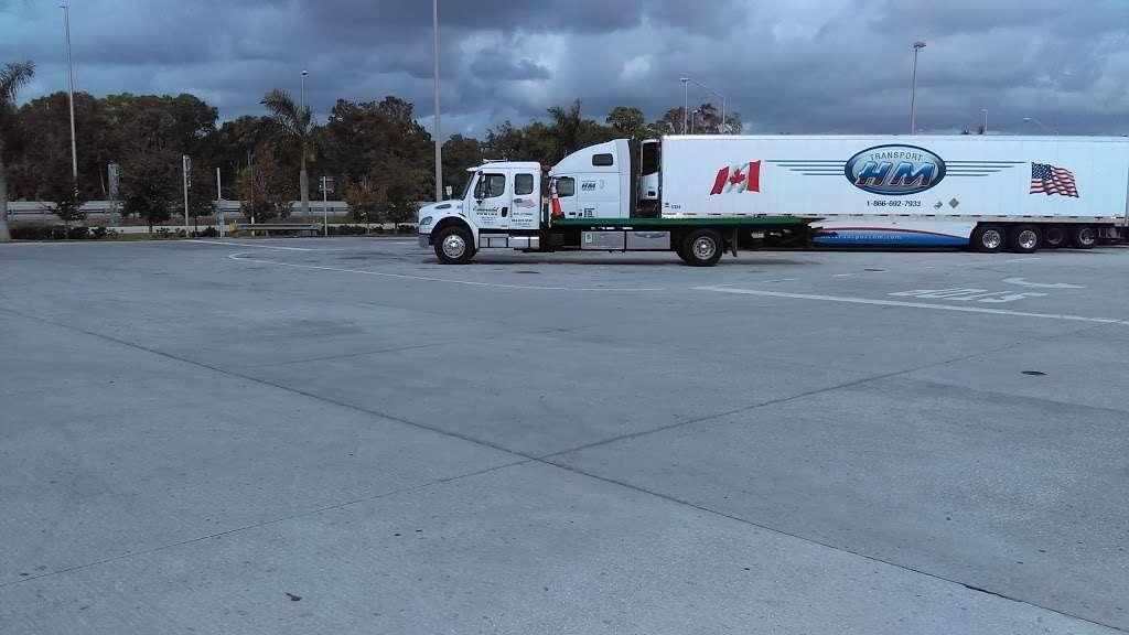 Florida Turnpike Services - gas station  | Photo 4 of 10 | Address: 65 Floridas Turnpike, Pompano Beach, FL 33069, USA | Phone: (954) 978-8714