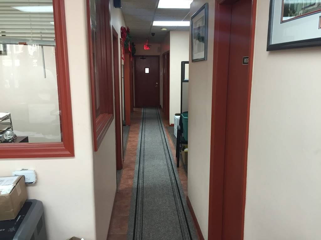 Universal Financial Insurance Agency - UFIA - insurance agency    Photo 5 of 7   Address: 500 Rahway Ave, Elizabeth, NJ 07202, USA   Phone: (908) 469-0714
