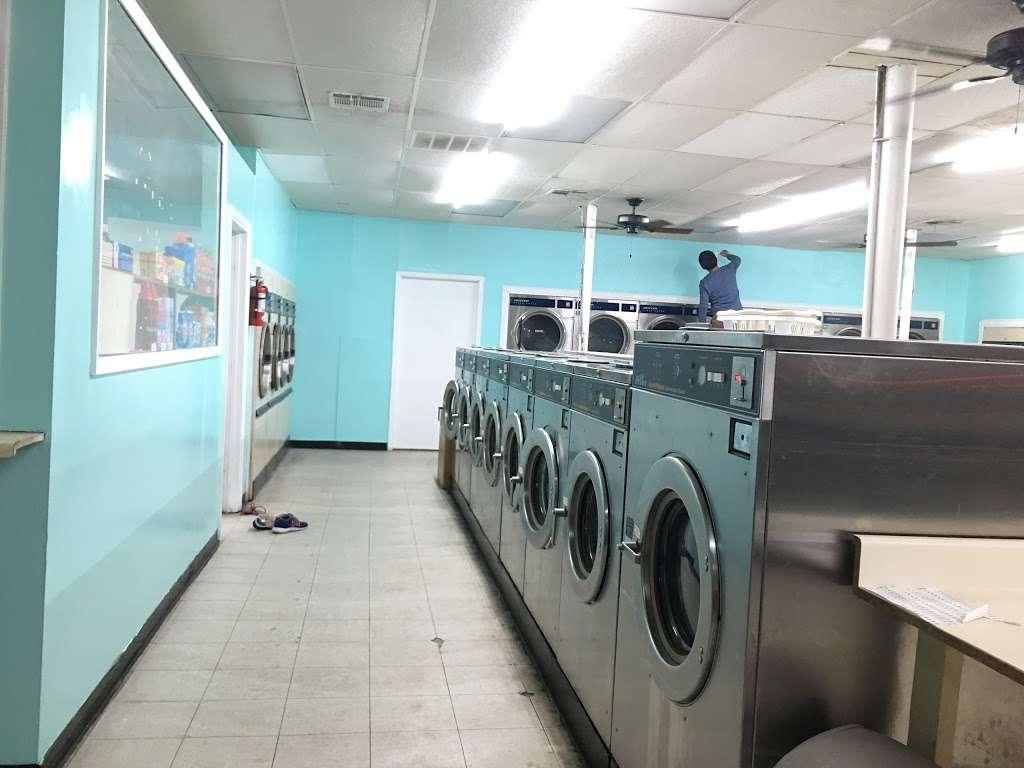 Alvin Washateria - laundry    Photo 1 of 1   Address: 1701 Fairway Dr, Alvin, TX 77511, USA   Phone: (281) 824-4744