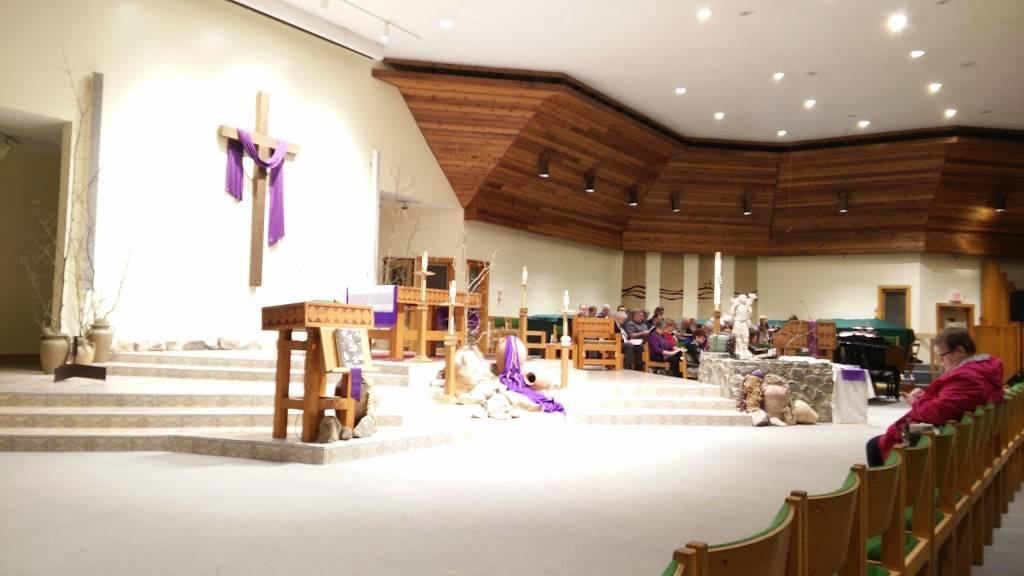 Church of the Epiphany - church  | Photo 7 of 10 | Address: 11000 Smoketree Dr, Richmond, VA 23236, USA | Phone: (804) 794-0222