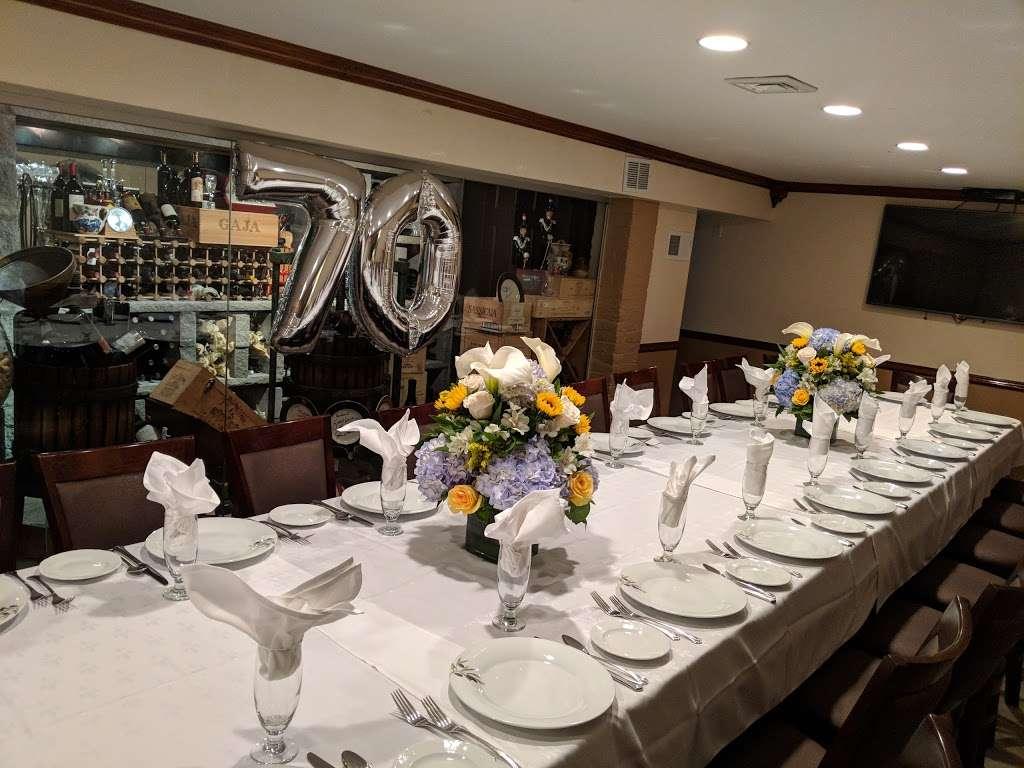 Michael's of Brooklyn - restaurant  | Photo 1 of 10 | Address: 2929 Avenue R, Brooklyn, NY 11229, USA | Phone: (718) 998-7851