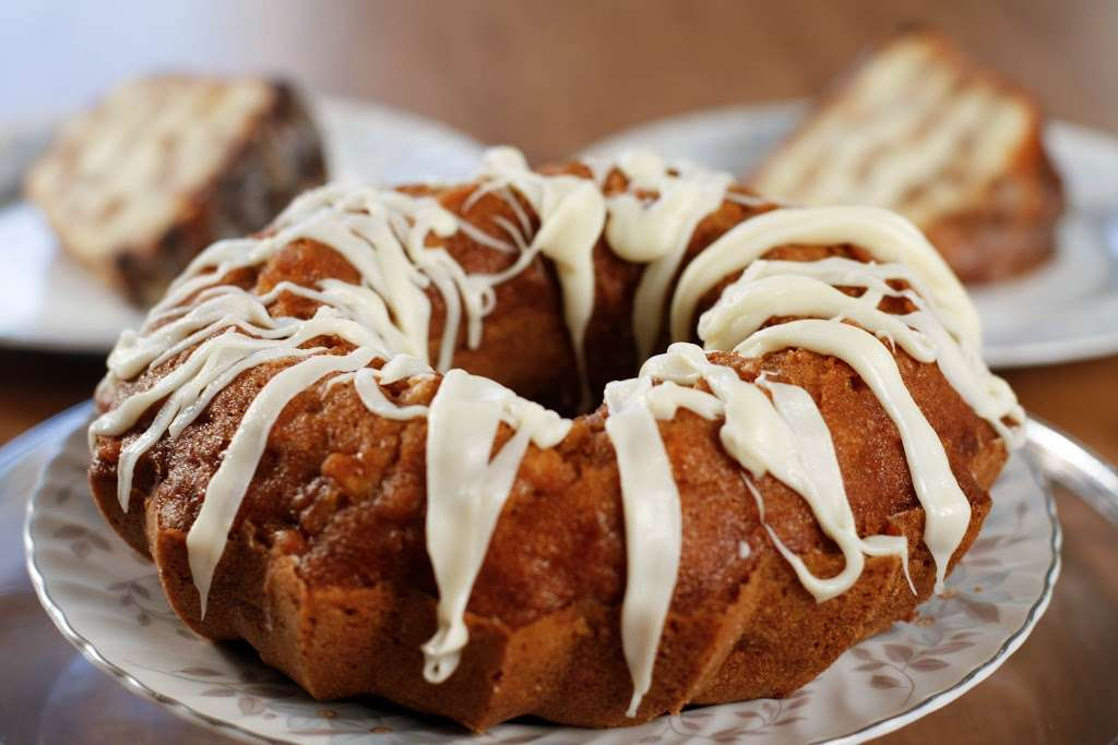 Mortgage Apple Cakes Bakery & Café - bakery    Photo 2 of 10   Address: 740 Chestnut Ave, Teaneck, NJ 07666, USA   Phone: (201) 371-3121
