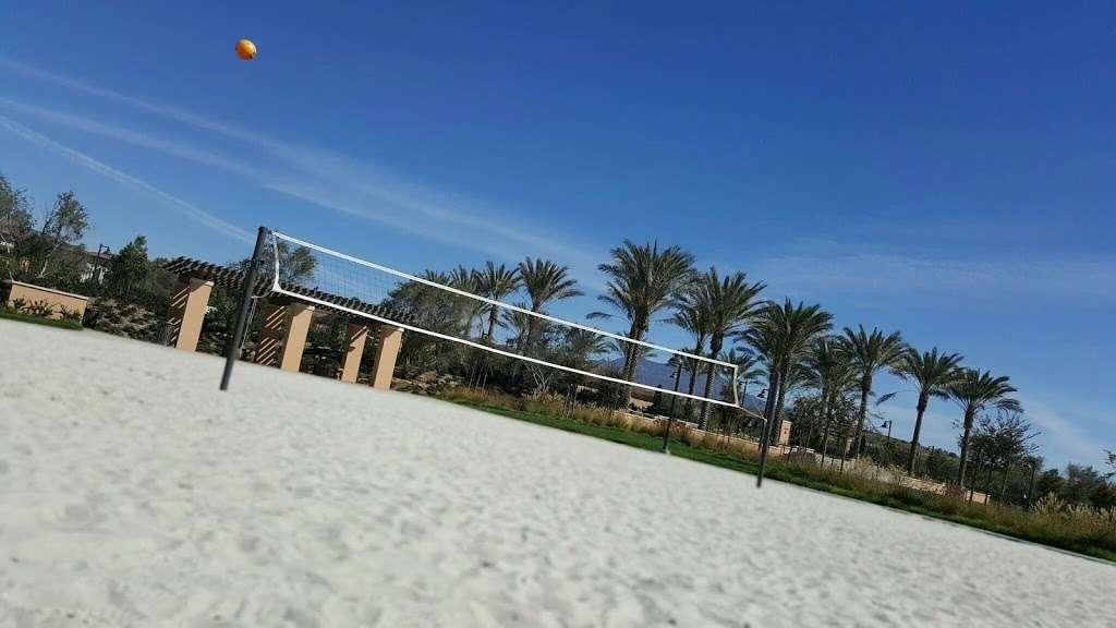 Village Square Park - park  | Photo 10 of 10 | Address: 130 Outwest, Irvine, CA 92618, USA