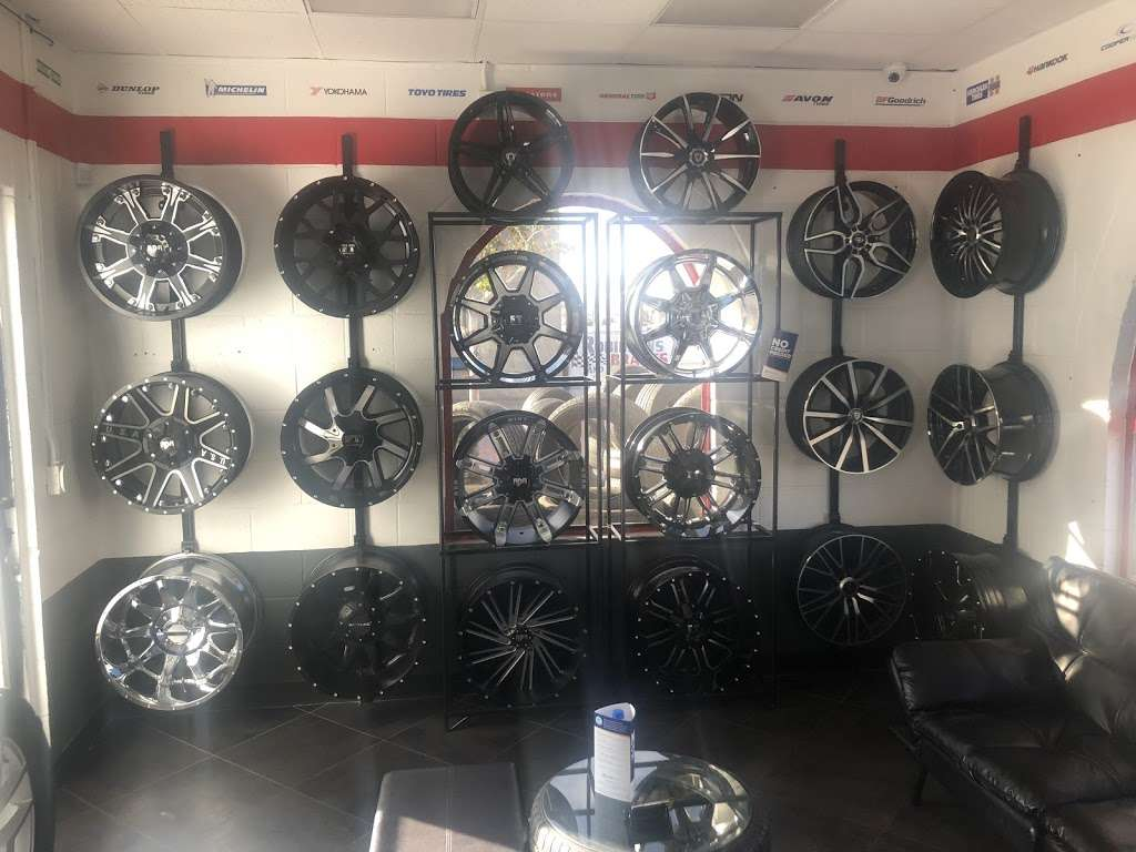 TIRES BY EZ - car repair  | Photo 4 of 6 | Address: 1560 E Palmdale Blvd, Palmdale, CA 93550, USA | Phone: (661) 878-8737