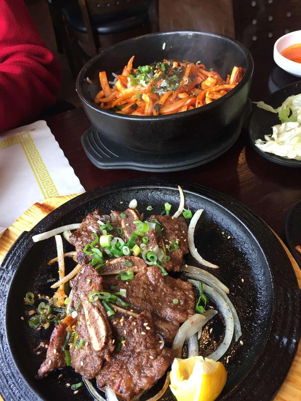Dae Bak Bob Jip - restaurant  | Photo 5 of 10 | Address: 500 10th St, Palisades Park, NJ 07650, USA | Phone: (201) 482-8777