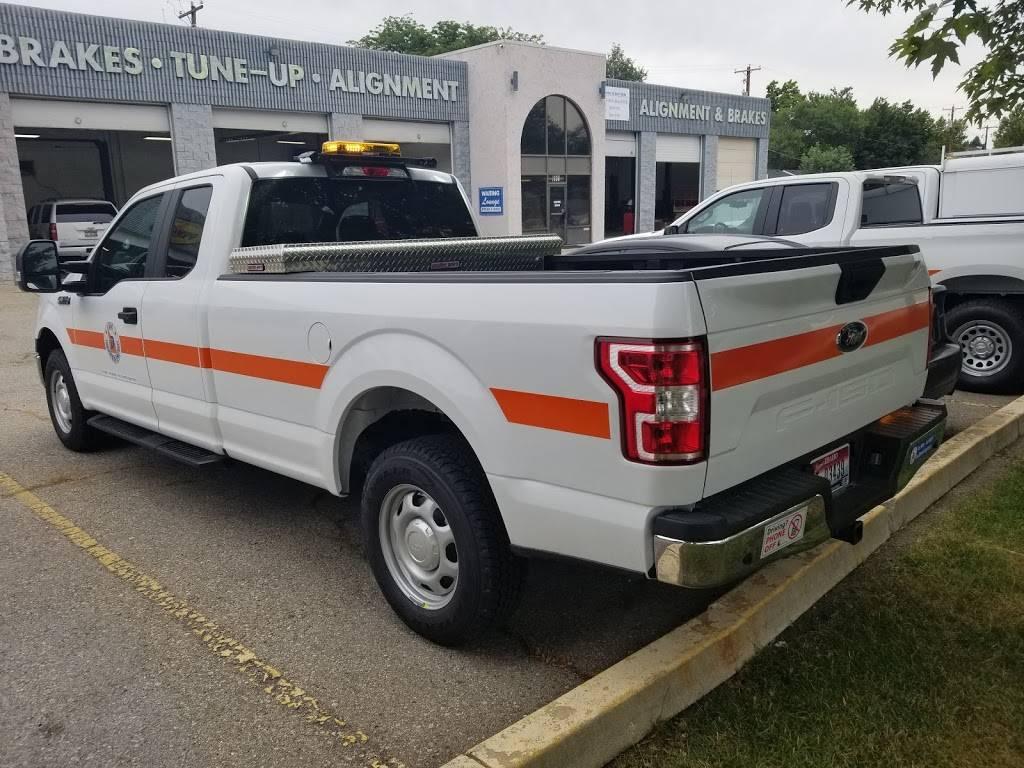 Rogers Northside Garage - car dealer  | Photo 5 of 10 | Address: 1170 N 29th St, Boise, ID 83702, USA | Phone: (208) 345-2660