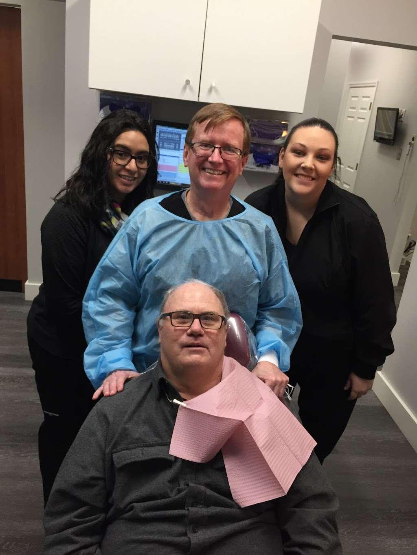 Urgent Dental Center & Family Dentistry - dentist  | Photo 9 of 10 | Address: 10409 E Washington St, Indianapolis, IN 46229, USA | Phone: (317) 399-5771