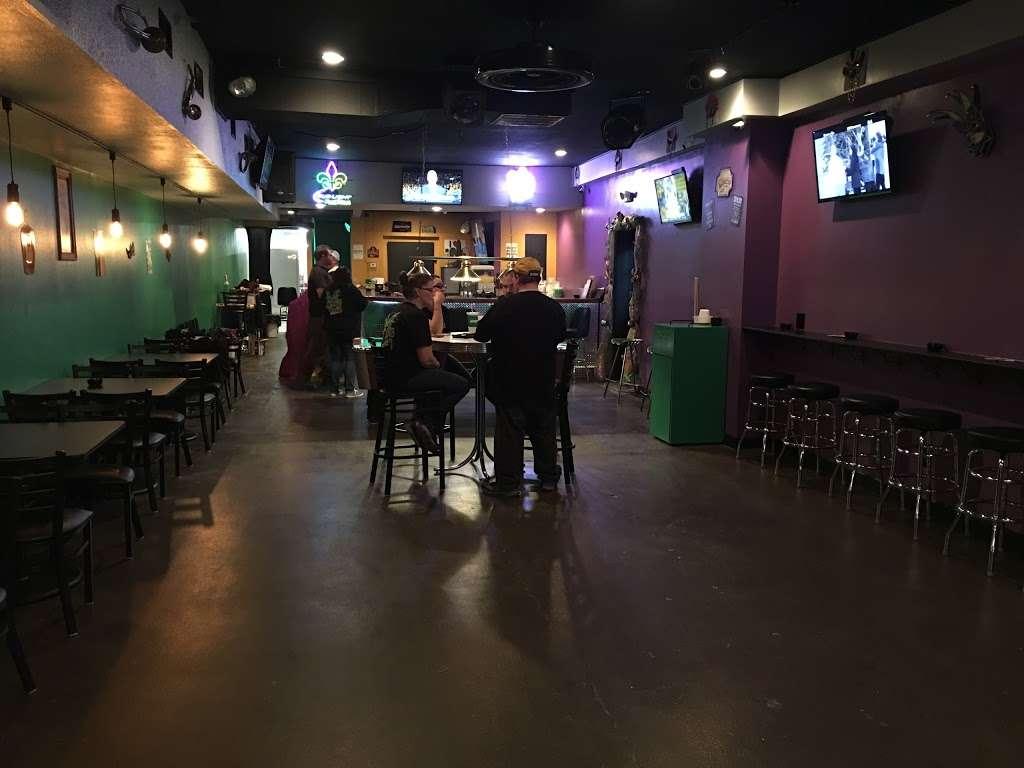 Mardi Gras Pizza & Pub - restaurant  | Photo 2 of 10 | Address: 732 Main St, Lapel, IN 46051, USA | Phone: (765) 534-3388