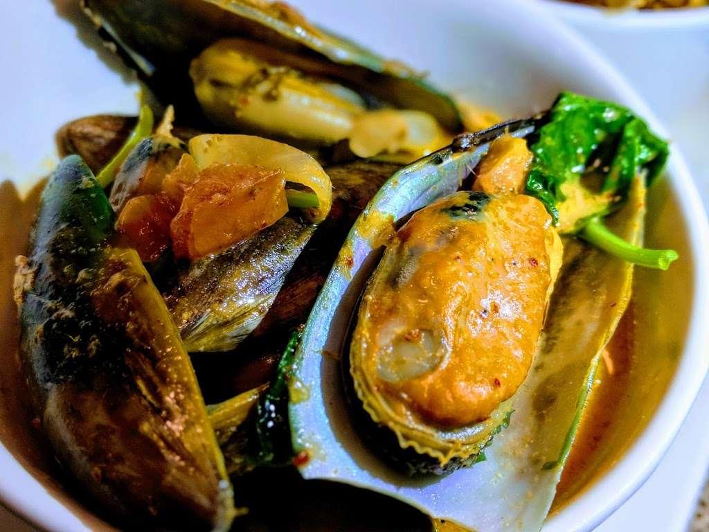 Iron Chef House - restaurant  | Photo 5 of 10 | Address: 92 Clark St, Brooklyn, NY 11201, USA | Phone: (718) 858-8517