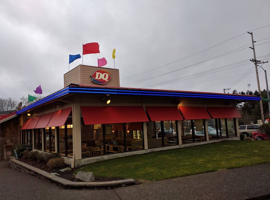 Dairy Queen Grill & Chill - restaurant  | Photo 1 of 10 | Address: 7460 SW Garden Home Rd, Portland, OR 97223, USA | Phone: (503) 245-9261