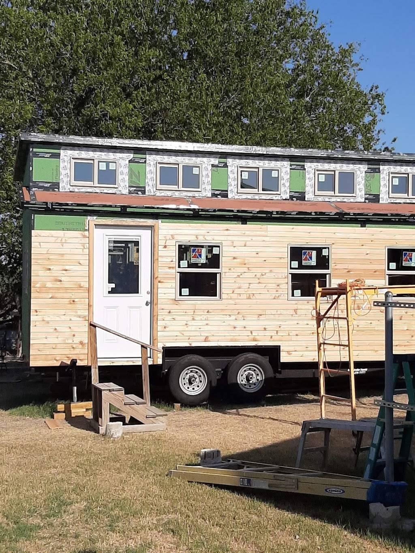 Precise Restoration & Remodeling L.L.C. - home goods store  | Photo 6 of 8 | Address: 17120 Boecher Ln, Pflugerville, TX 78660, USA | Phone: (512) 639-9453