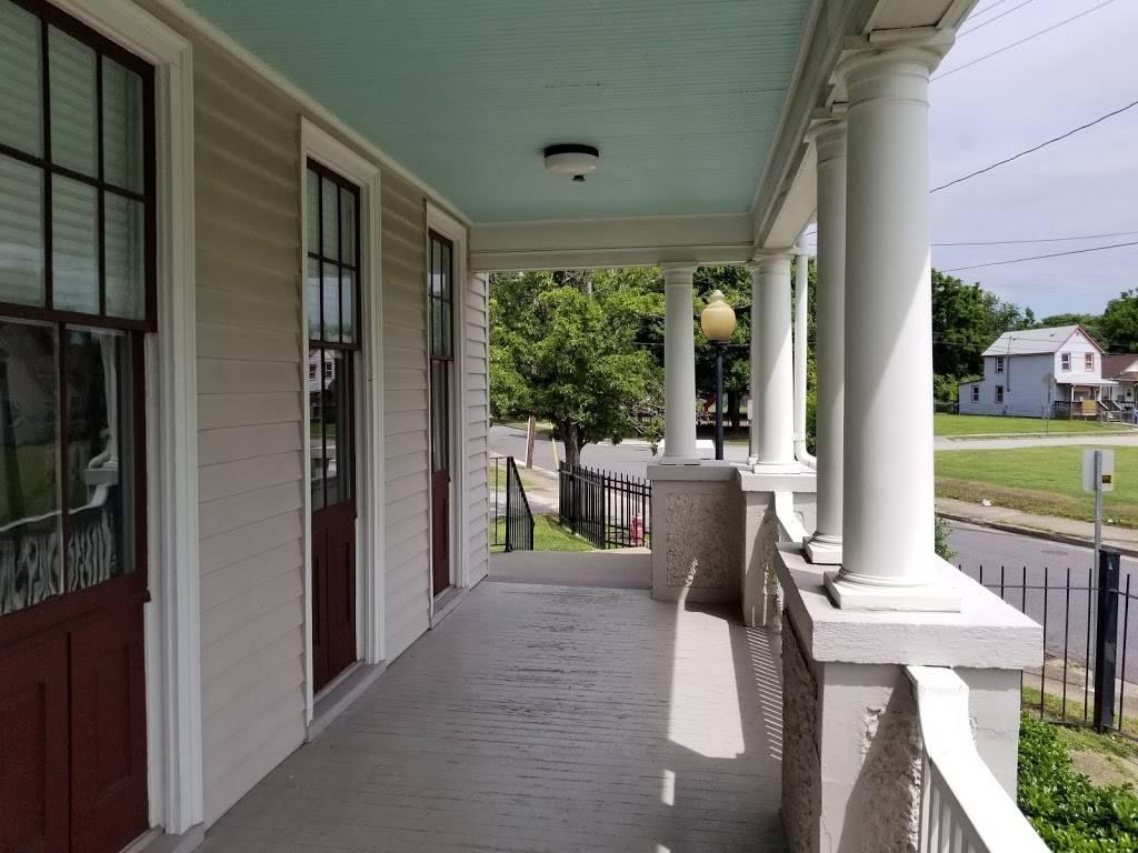 The Newsome House Museum & Cultural Center - museum  | Photo 4 of 7 | Address: 2803 Oak Ave, Newport News, VA 23607, USA | Phone: (757) 247-2360