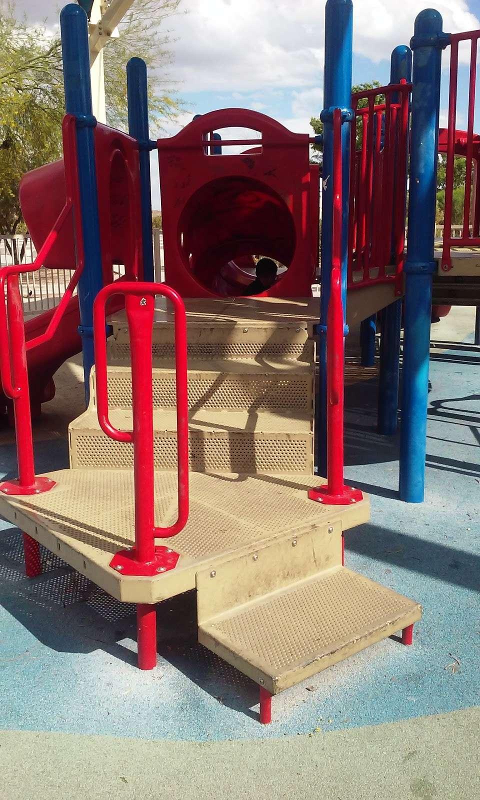 Desert Horizons Park - park  | Photo 4 of 10 | Address: 3750 Simmons Street,, North Las Vegas, NV 89032, USA | Phone: (702) 633-1171
