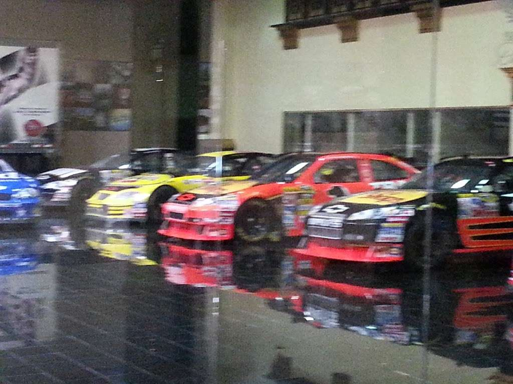 Dale Earnhardt Inc - museum    Photo 7 of 10   Address: 1675 NC-3, Mooresville, NC 28115, USA   Phone: (704) 662-8000