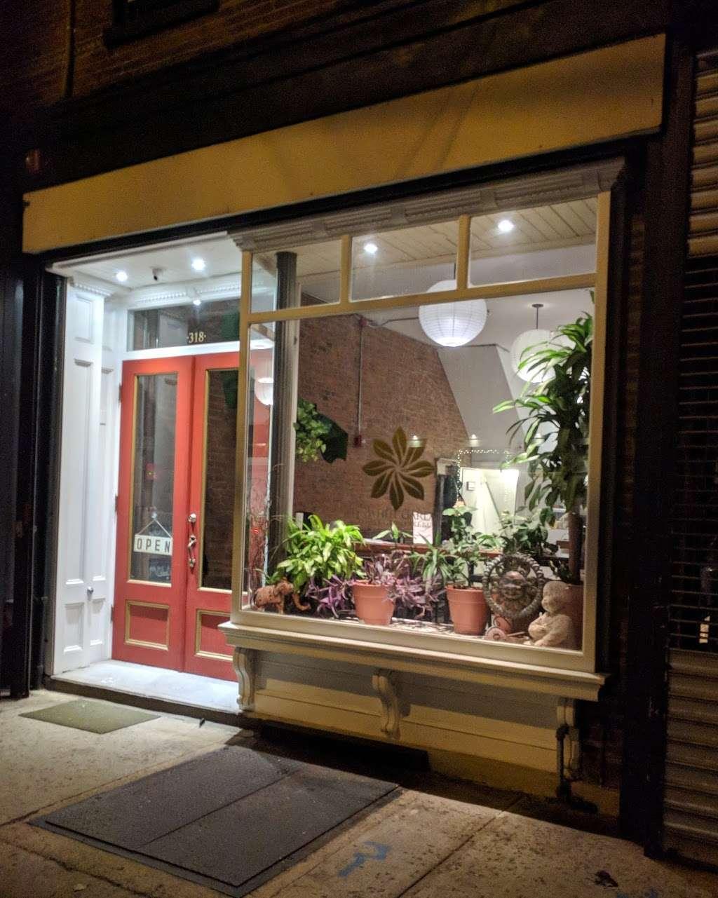 Pinwheel Garden Dumpling & Noodle Bar - restaurant  | Photo 3 of 10 | Address: 318 Communipaw Ave, Jersey City, NJ 07304, USA | Phone: (201) 413-5333
