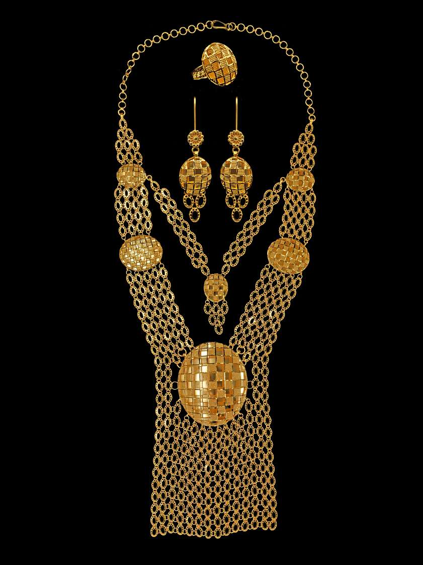 Yasini Jewelers 21k & 22k Gold - jewelry store    Photo 7 of 10   Address: 3110 W Devon Ave, Chicago, IL 60659, USA   Phone: (773) 274-6450