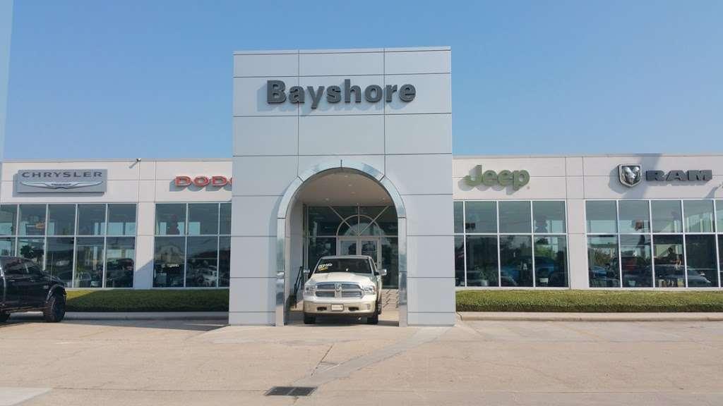 Bayshore Chrysler Jeep Dodge RAM - car dealer  | Photo 2 of 10 | Address: 5225, I-10 E, Baytown, TX 77521, USA | Phone: (281) 421-6000