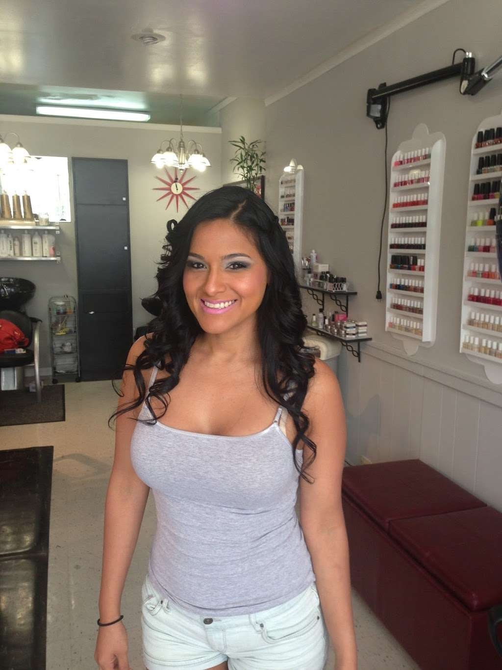 Sophisticut - hair care  | Photo 5 of 8 | Address: 366 Anderson Ave, Cliffside Park, NJ 07010, USA | Phone: (201) 941-3946