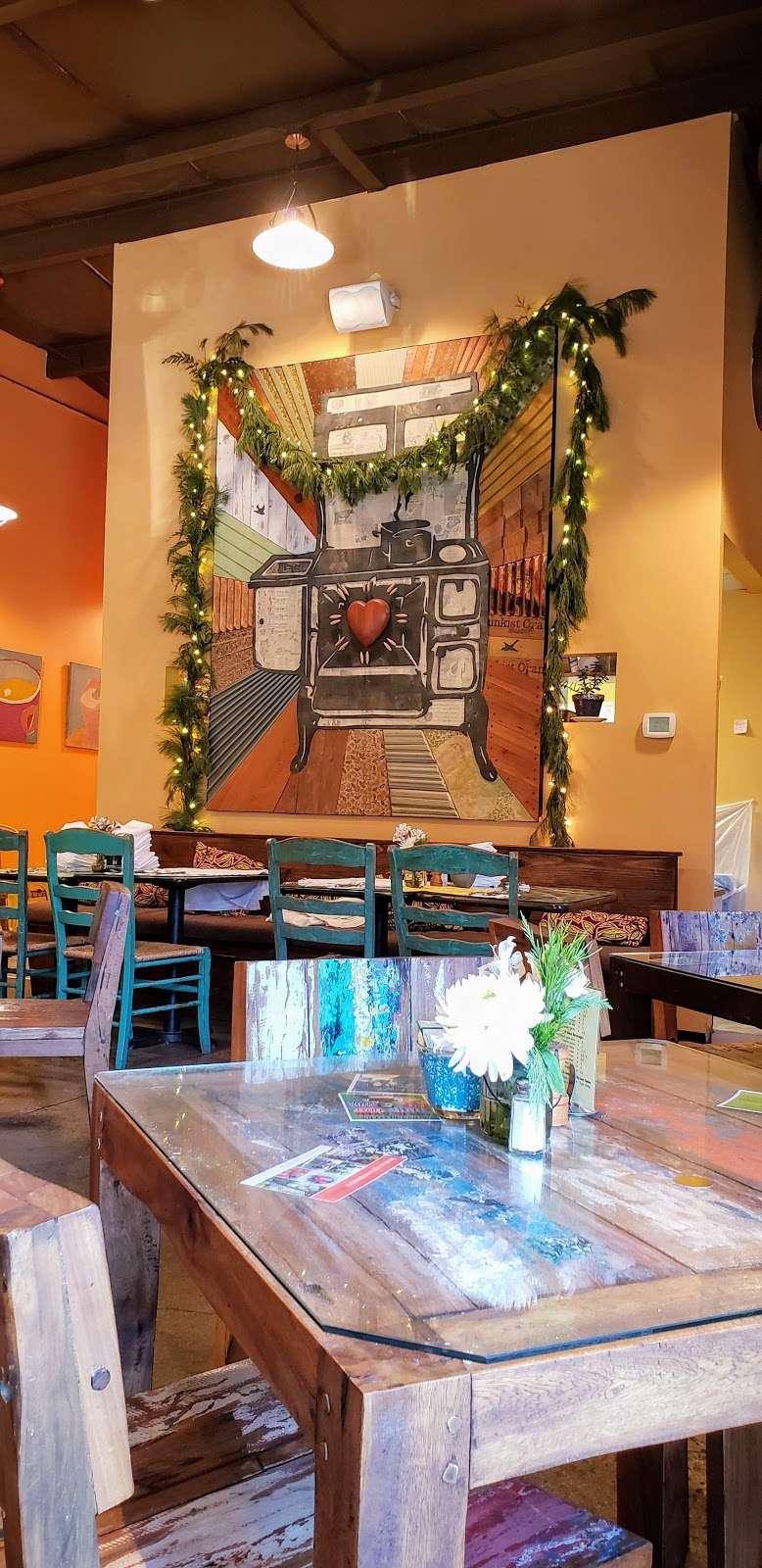Ma-De-Chat Shop - cafe  | Photo 7 of 10 | Address: 8 Railroad Ave, Milford, NJ 08848, USA | Phone: (908) 995-2980