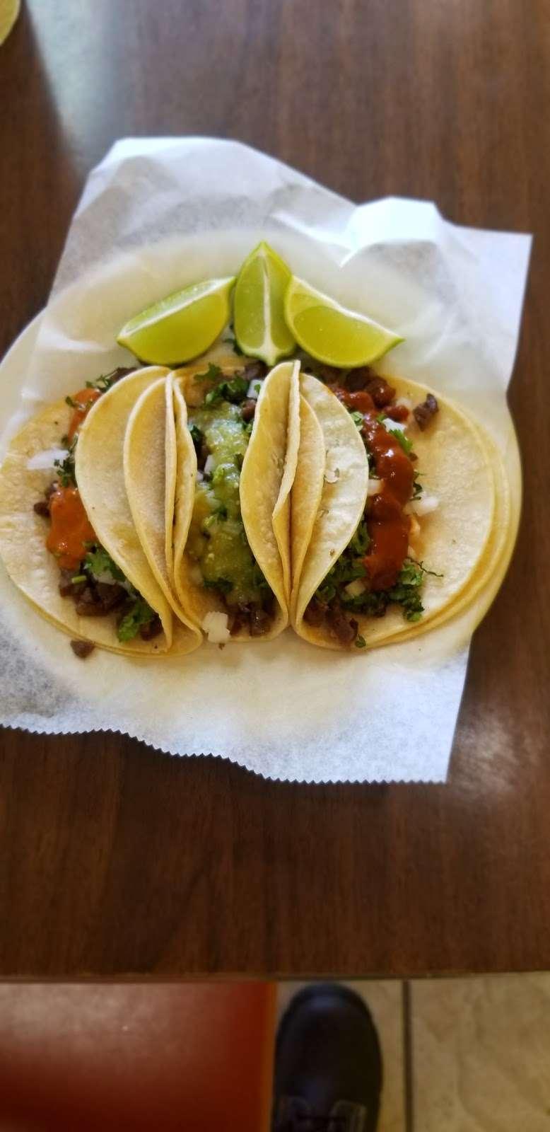 Restaurant Caminos De Michoacan - restaurant  | Photo 5 of 10 | Address: 716 Murphy Rd, Stafford, TX 77477, USA | Phone: (832) 539-6441