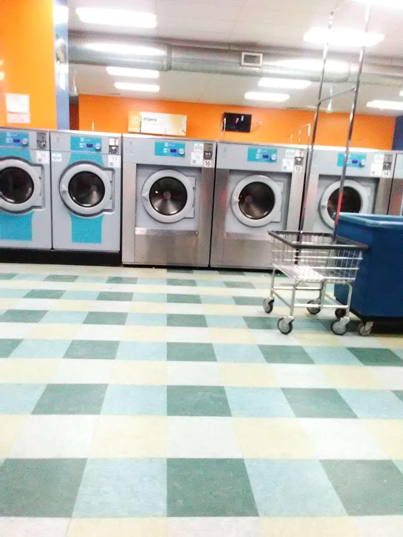 Truman Wash Tub - laundry  | Photo 6 of 10 | Address: 10215 E Truman Rd, Independence, MO 64052, USA | Phone: (816) 503-8593