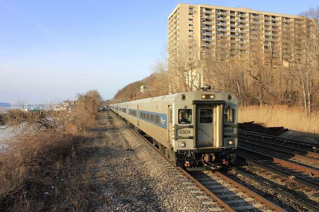 Greystone - train station  | Photo 8 of 10 | Address: Yonkers, NY 10701, USA