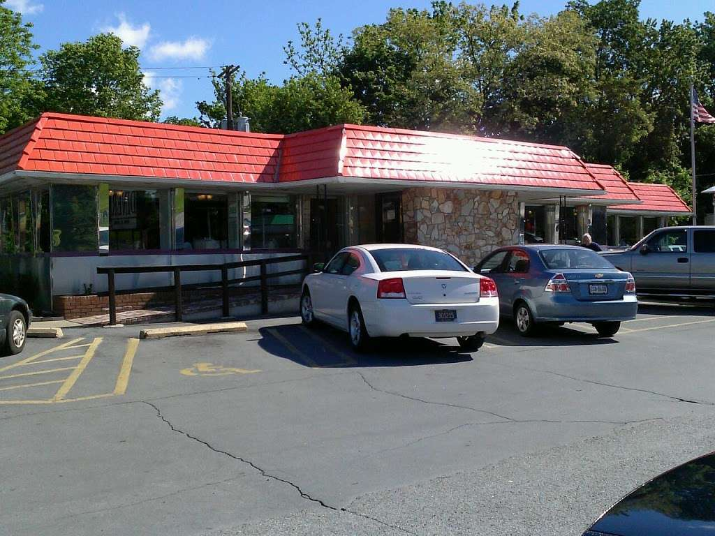 Columbia Diner - restaurant  | Photo 3 of 9 | Address: 1725 Columbia Ave, Lancaster, PA 17603, USA | Phone: (717) 392-8371