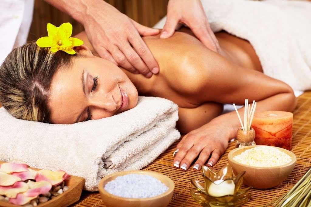 Lotus Asian Massage - spa  | Photo 3 of 7 | Address: 2724 N Waterman Ave J, San Bernardino, CA 92404, USA | Phone: (909) 881-0174