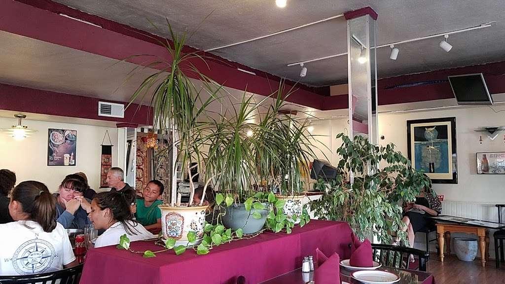 Thai Dishes Restaurant - restaurant  | Photo 4 of 9 | Address: 707 S Pacific Coast Hwy, Redondo Beach, CA 90277, USA | Phone: (310) 316-6326