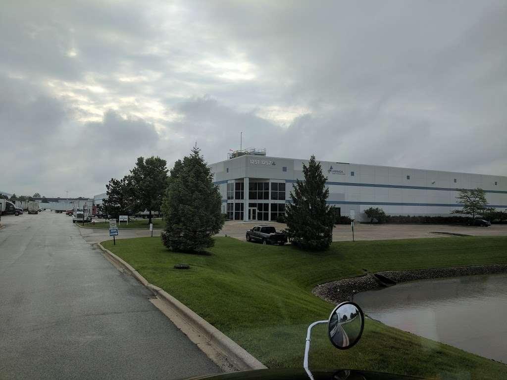 Armada/Hub One/Basix Logistics - storage  | Photo 4 of 4 | Address: 1257 N Schmidt Rd, Romeoville, IL 60446, USA | Phone: (815) 372-0692