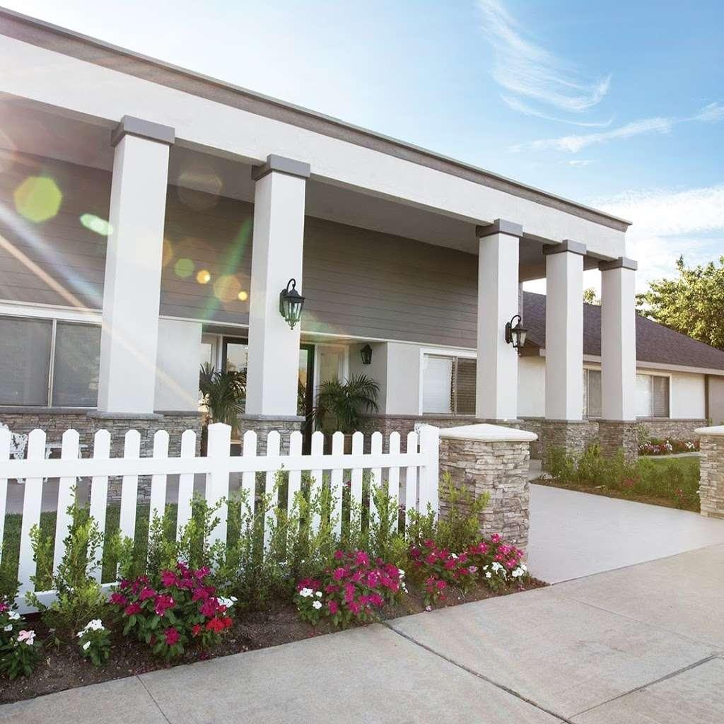 Beacon Healthcare Center - health  | Photo 2 of 9 | Address: 919 N Sunset Ave, West Covina, CA 91790, USA | Phone: (626) 962-4489