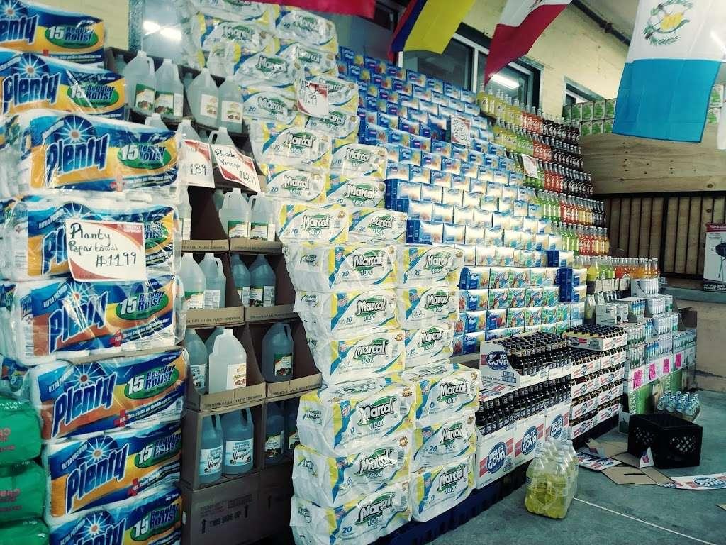 El Mercado De La Ocho - supermarket    Photo 4 of 10   Address: 100 8th St, Passaic, NJ 07055, USA   Phone: (973) 470-8737