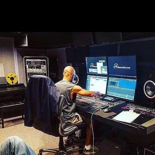 StoneBrown Studios - electronics store  | Photo 4 of 5 | Address: 626 Carlton Ave, Brooklyn, NY 11238, USA | Phone: (646) 481-2853