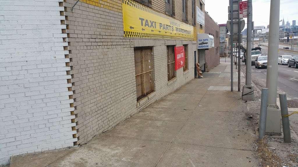 Venus Auto Parts - car repair  | Photo 9 of 10 | Address: 3421 Greenpoint Ave, Long Island City, NY 11101, USA | Phone: (718) 786-7775