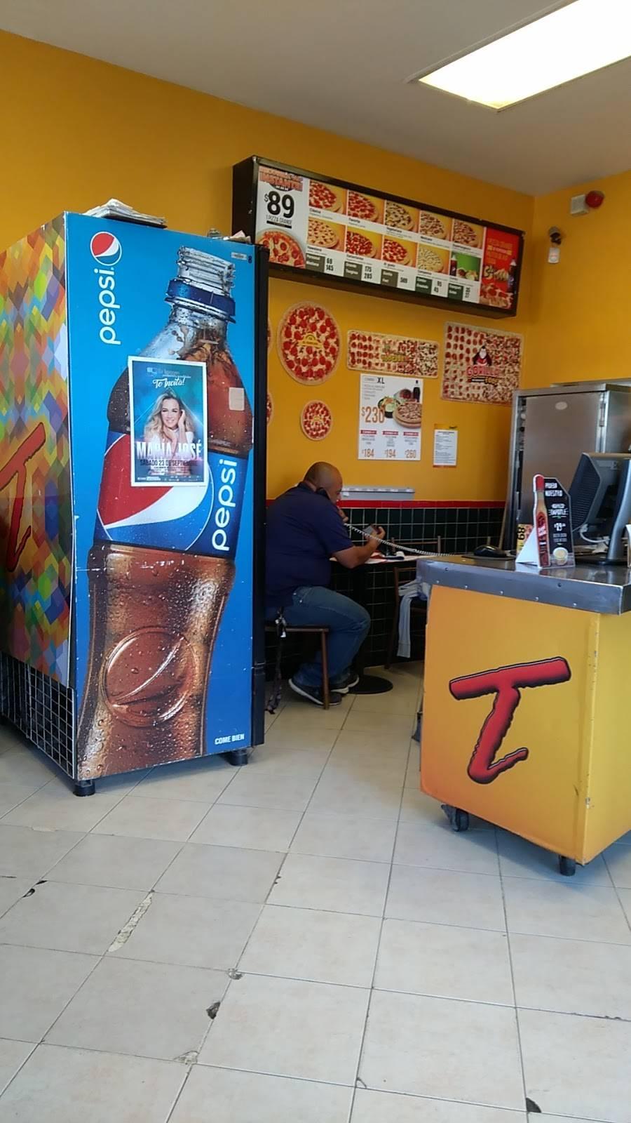 Tooginos Pizza - Villa del Prado - meal delivery  | Photo 3 of 7 | Address: Calle Abeto s/n, Fracc. Urbi Villa 2da. Secc., 22101 Tijuana, B.C., Mexico | Phone: 664 979 8989