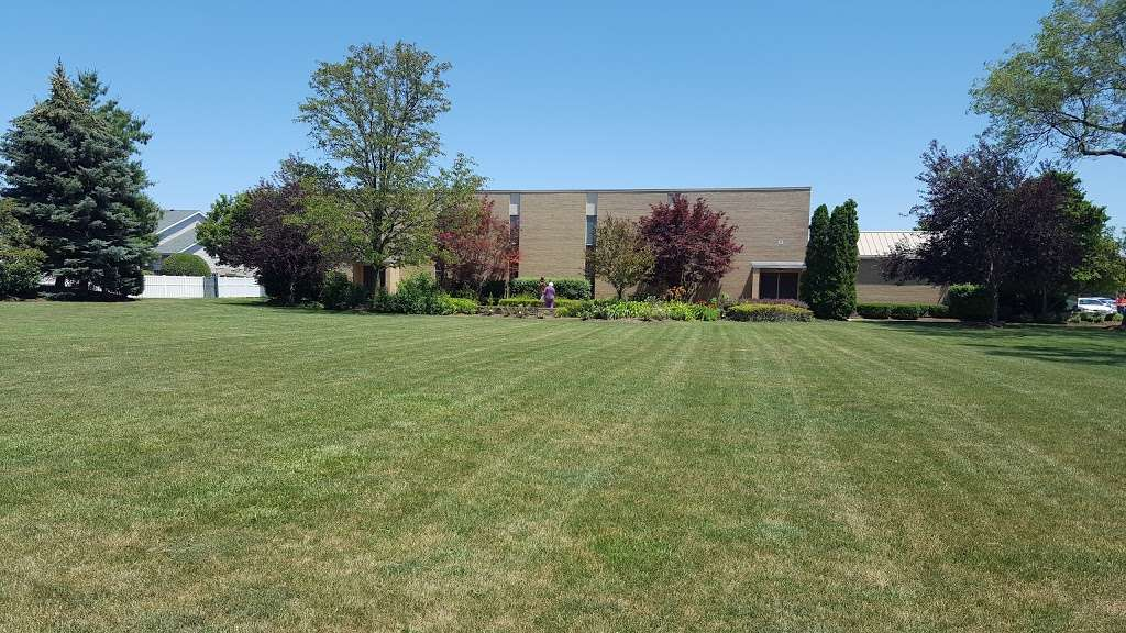 St Damian Catholic Church - church    Photo 2 of 10   Address: 5250 155th St, Oak Forest, IL 60452, USA   Phone: (708) 687-1370