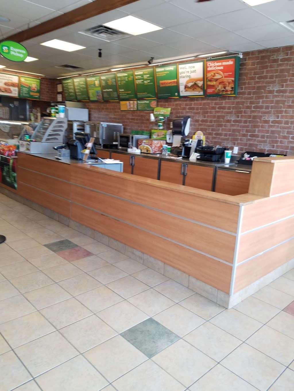 Subway Restaurants - restaurant  | Photo 10 of 10 | Address: 34-12 Broadway, Fair Lawn, NJ 07410, USA | Phone: (551) 224-8734