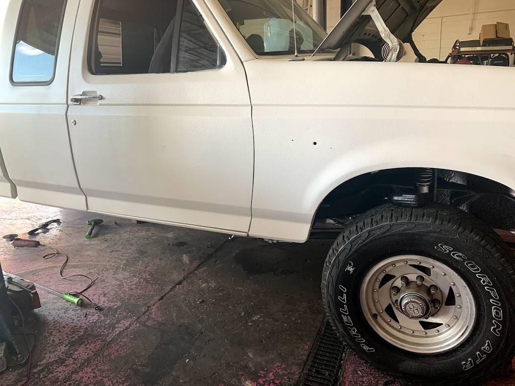 Custom Dream truck and auto repair - car repair  | Photo 7 of 10 | Address: 7740 W Indian School Rd suite 2, Phoenix, AZ 85033, USA | Phone: (623) 330-6397