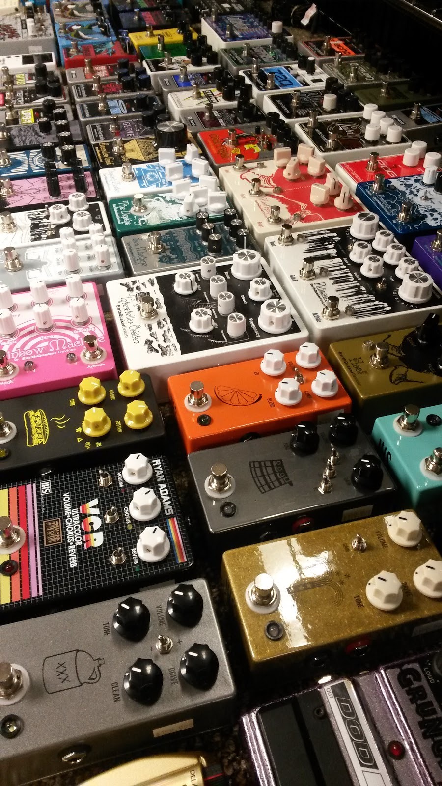 Guru Guitars - electronics store  | Photo 3 of 7 | Address: 5221 Hillsborough St, Raleigh, NC 27606, USA | Phone: (919) 833-6607