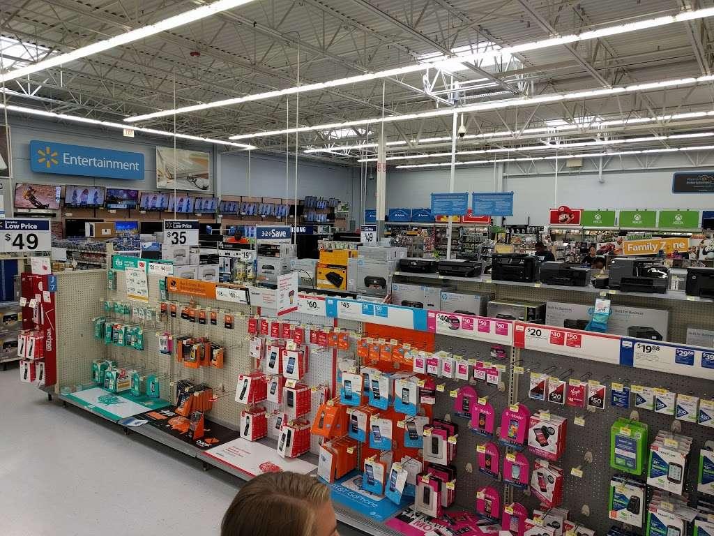 Walmart - supermarket  | Photo 4 of 10 | Address: 900 Springfield Rd, Union, NJ 07083, USA | Phone: (908) 624-0644