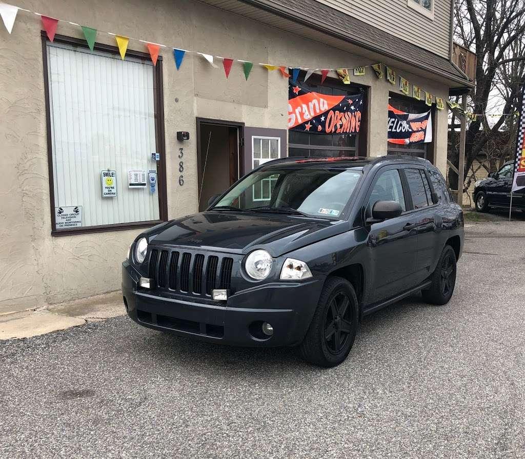 CarMania, LLC - car dealer  | Photo 10 of 10 | Address: 386 W Market St, Hallam, PA 17406, USA | Phone: (717) 239-9580