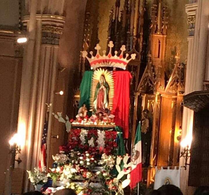 St. Michael the Archangel Roman Catholic Church - church  | Photo 7 of 10 | Address: 8237 S South Shore Dr, Chicago, IL 60617, USA | Phone: (773) 734-4921