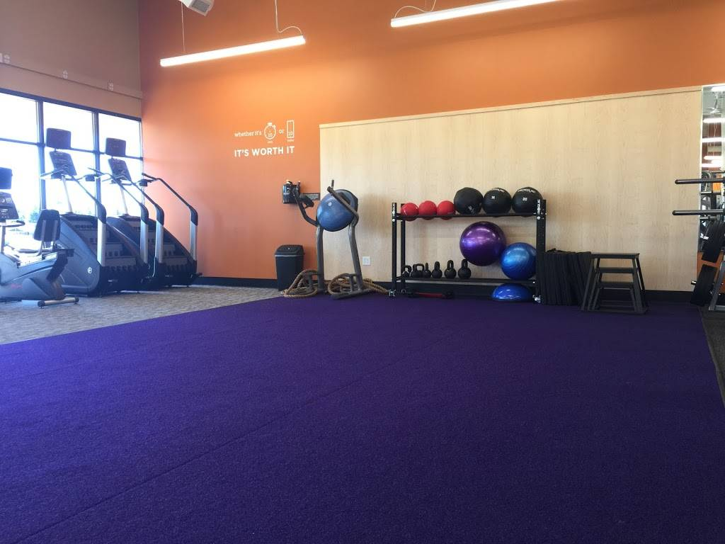 Anytime Fitness - gym  | Photo 10 of 10 | Address: 6945 Austin Bluffs Pkwy, Colorado Springs, CO 80923, USA | Phone: (719) 284-5200