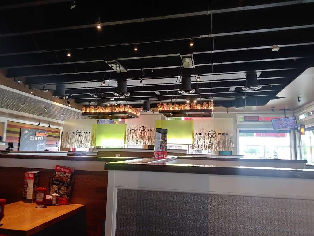 Chilis Grill & Bar - meal takeaway  | Photo 7 of 10 | Address: 8690 Spencer Hwy, La Porte, TX 77571, USA | Phone: (281) 478-4777