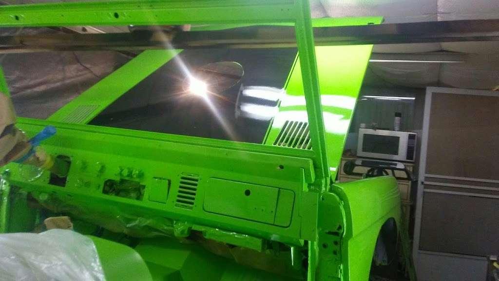 Custom Painting - car repair  | Photo 7 of 10 | Address: 21801 N 16th St, Phoenix, AZ 85024, USA | Phone: (602) 524-5150