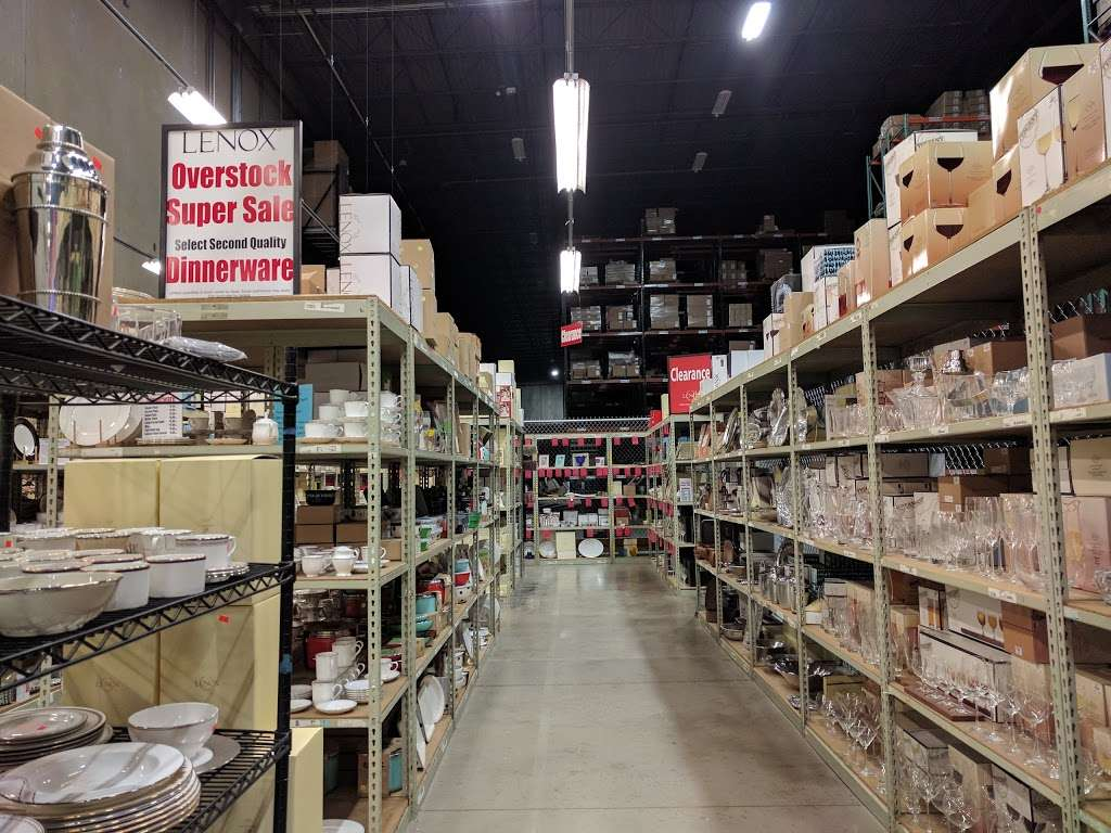 Lenox Warehouse Store - home goods store    Photo 2 of 7   Address: 16507 Hunters Green Pkwy, Hagerstown, MD 21740, USA   Phone: (240) 366-2045