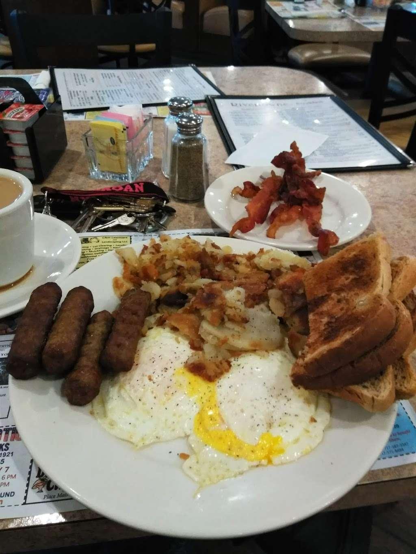 Rivertowne Restaurant & Bar - restaurant  | Photo 7 of 10 | Address: 960 Hellam St, Wrightsville, PA 17368, USA | Phone: (717) 252-3184